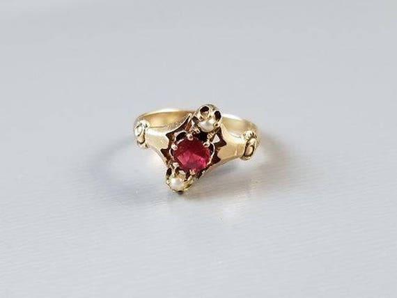Darling antique Victorian 10k rose gold red ruby glass paste seed pearl love knot midi ring, baby ring, childs ring, size 2, knuckle ring