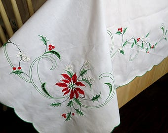 Christmas Tablecloth Rectangle Machine Embroidered Poinsettias Holly & Berries Vintage 1980s 90s