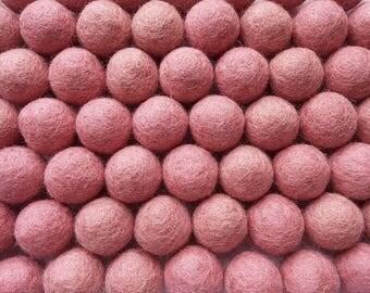 Felt Balls Peach - 20 Pure Wool Beads - Pink Peach Shade (W202)