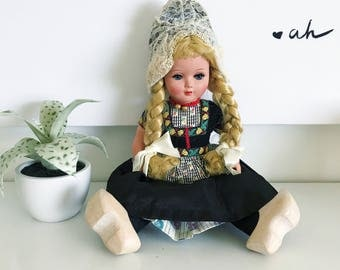 Vintage Dovina Holland Durch Doll, Wooden Clogs, Traditional Dress, Rotterdam, Painted Face, Toy Doll