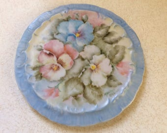 Hand Painted Tea Trivit, 6.25 in., Can Be Hung on Wall