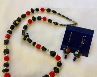 Fashionable Black & Red Necklace/Earring Set