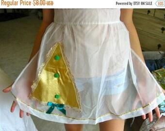 Sale:) Vintage  Sheer Nylon  Fabric Half Apron with Christmas Tree