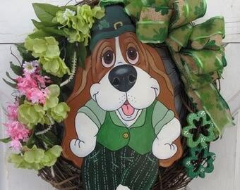 "Hand Painted Basset Hound Wreath 17"" x 17"" - St. Patrick's Day/Irish/Spring"