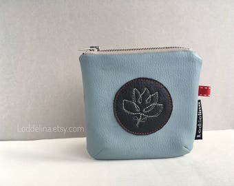 SQUARE Coin card purse. Vegan leather in dove blue and dark grey with embroidery