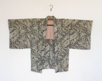 Leafy Floral Patterned Haori Kimono Jacket From Japan 四