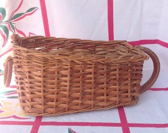 SALE Vintage wicker wine serving storage basket.
