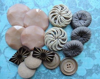 vintage button collection 1950s 1960s big tan buttons brown buttons vintage sewing notions
