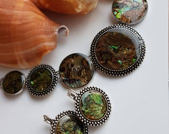 Beautiful Clipon necklace set