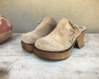 Vintage Women's size 8 MIA super chunky platform clogs, taupe suede leather clogs, wooden heel vintage clogs, boho hippie shoes, wedge heel