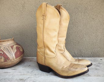 Vintage Tan Leather Cowboy Boots Women's Size 8.5 D (Wide) Tony Lamas Cowgirl Boots