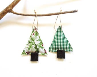 Pine sachet set of two, scented ornaments, tree trimming, teacher gift, hostess gift, Balsam pine sachets, Balsam Christmas sachets