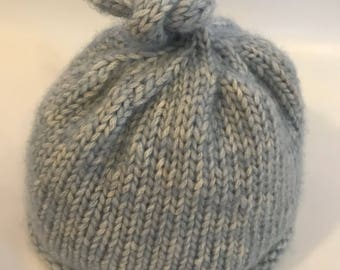 Knotted Cap - 0-6 months