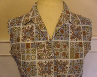 Vintage 1940's/1950's  Queen Casuals Sleeveless Blouse