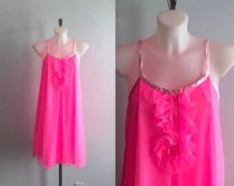 Vintage Vanity Fair Pink Chiffon Nigthgown, Vintage Nightgown, 1960s Nightgown, Chiffon Nightgown, Eaton Vanity Fair, Nightgowns