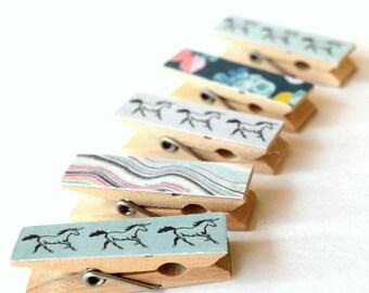Mini Clothes pins, Unicorn Clothes pins, Small Art Projects, Kids, Organize, Back To School, Unicorns, Mini Clips, Wood pins, Decorative
