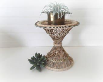 Vintatge Rattan Plant Stand, Wicker Basket Plant Stand Modern Bohemian Decor