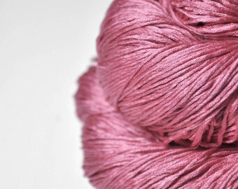 Spilled raspberry smoothie  - Silk Fingering Yarn - Knotty skein