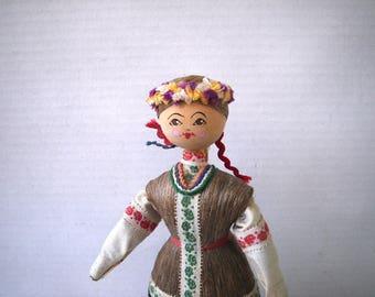 Belarus Wood & Flax Doll in Folk Costume