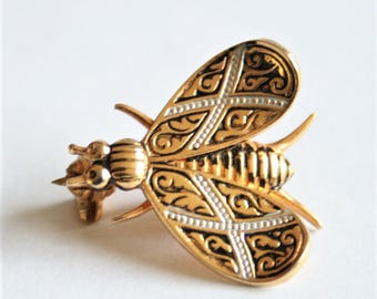 Vintage fly brooch.  Toledo brooch.  Insect brooch.  Vintage jewellery