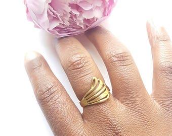 Petite brass flourish ring// vintage cocktail ring//adjustable ring// ecofriendly//boho chic