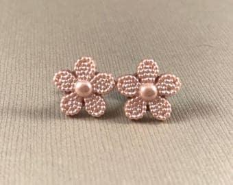 Flower earrings, stud earrings, button earrings, dusty pink earrings