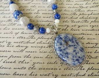 Sodalite Agate And Freshwater Shell Beaded Necklace With Sodalite Pendant