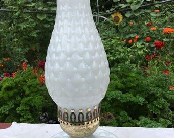 Vintage Milk Glass Lamp / Vintage Hobnail Lamp / White Light / Romantic Bedroom Light / Bedside Light / Night Stand