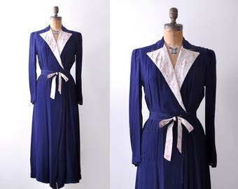 1930's robe dress. Dark blue. 30 dressing gown. Silk. Pink floral print. Small. navy. M.