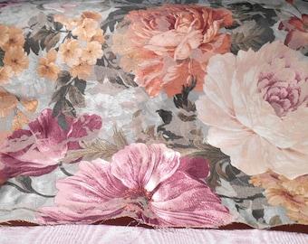Vintage Fabric Shabby Cottage Floral Remnant