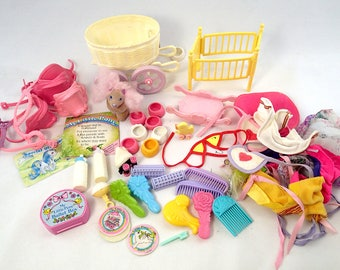 Huge My Little Pony Accessories Lot G1 MLP Clothes Furnature Brush Comb Puffy Sticker Pyppy Pamphlet Leeflet Dance Case Shoes Roler skate
