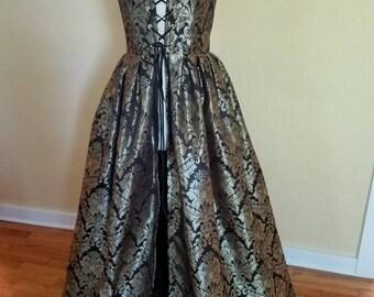 Brocade Renaissance Gown 36/31