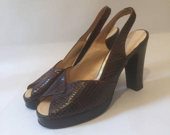 1970s does 1940s Ravel vintage platform snakeskin shoes or pumps - uk 5 1/2