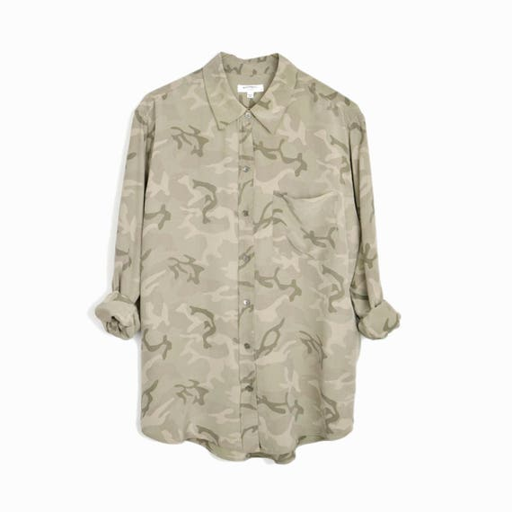 EQUIPMENT FEMME Brett Silk Blouse in Camo Army Green - Small