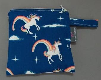 Unicorns and Rainbows Sandwich Bag, Litterless Lunch, Unicorns Sandwich Bag, Food Safe Sandwich Baggie, Gifts Under 20