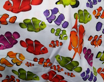 Cotton Fabric, 1/2 Yard, Ocean Clown Fish, Sea Life, Bright Colors, Quilt, Quilting, Pillow, Gift for Him or Her, Crafts, Beach Decor, Yards