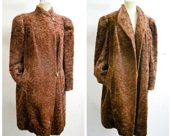 1940s Brown teddy fur gathered shoulder coat / 30s 40s shoulder pad faux fur & crepe long jacket - M L