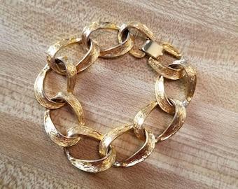 Vintage Tat Gold Tone Metal Chain Link Bracelet