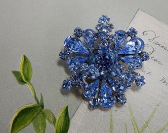 WEISS Signed Blue Rhinestone Orchid Flower Brooch    JBL16