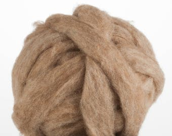 Corriedale Bulky Wool Roving - Rabbit - 4 ounces
