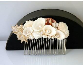 Shell Mairmaid Hair Comb Beach Wedding Hair Accessories, Freshwater Pearl Comb, Beach Headpiece,  Wedding Mermaid Nautical Hair Comb