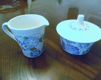 Turi-design sugar bowl and creamer made and hand painted in Norway