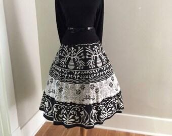 VINTAGE 50s SKIRT/ Retro 1950s 1960s Circle Skirt / MaD MeN Skirt / Novelty Full Skirt / Cotton Rockabilly Pin Up Skirt / Tiki Pattern