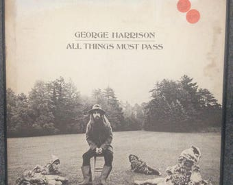 """Vinyl records George Harrison """"all things must Pass """"excellent cond/3 record box set/jacket worn"""