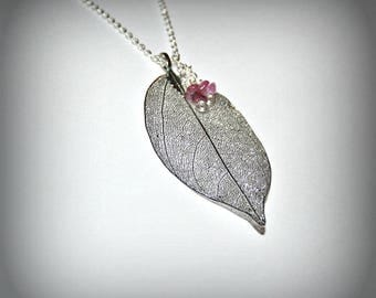 Leaf electroplaquee rubber with silver and tourmaline