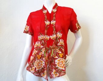 1980s Floral Embroidered Short Sleeve Shirt Blouse