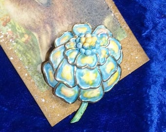 25% Off Beautiful hollycraft enamel pale blue and yellow spring flower pin