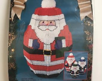 Bucilla Plastic Canvas Kit Nesting Santa Dolls Christmas Vintage 1993 #61165