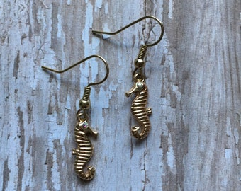 Gold seahorse earrings, beach earrings, vacation jewelry, nautical jewelry