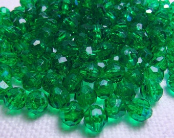 Green Sparkle: 8mm Faceted Holiday Green Beads - Lot of 250 New / Unused / Destash Beads